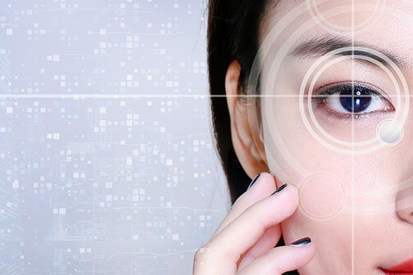 賭博遊戲訓練鏡提醒大家配眼鏡也要選對時間!