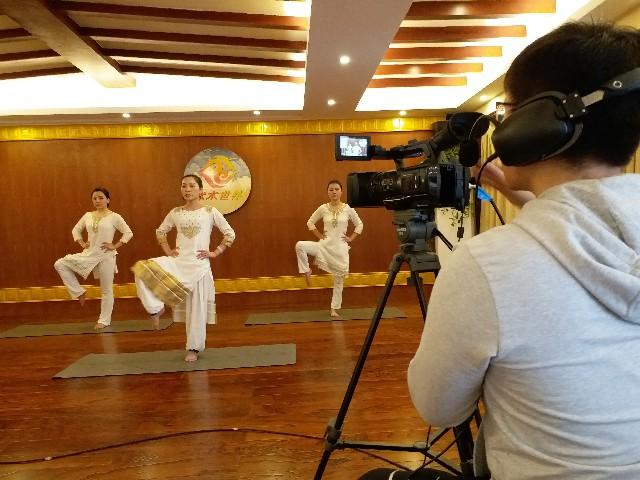 河南电视台联合泰晟瑜伽拍摄瑜伽教学节目 2019年元月起播出